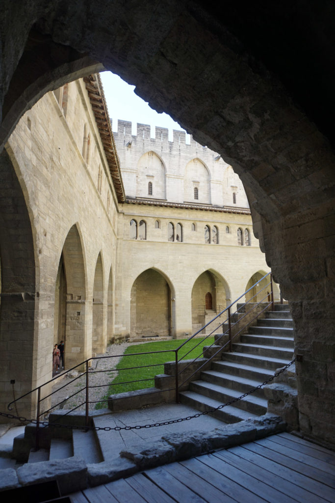 Avignon : La cité des Papes