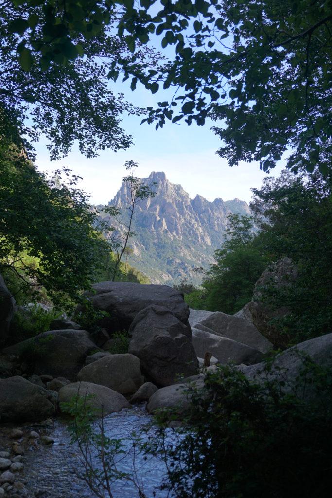 Chemin pour Cascade de Purcaraccia