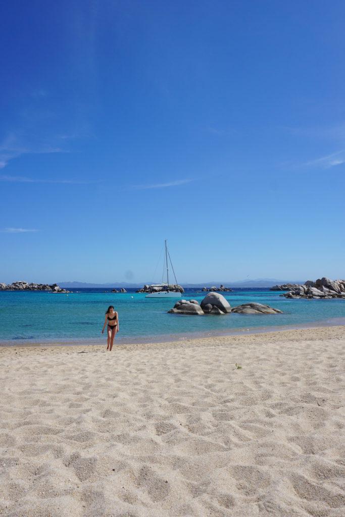 La plage Cala di Achiarinu, sur les îles Lavezzi
